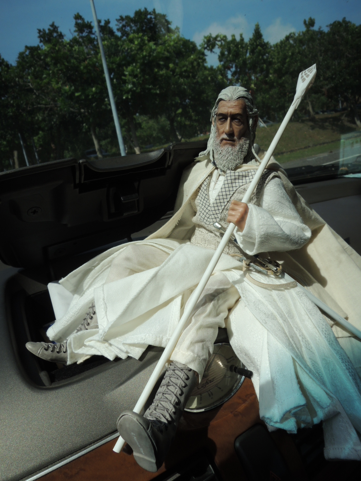 [Asmus Toys] The Lord of the Rings 1/6 scale - Gandalf - Página 5 Attachment