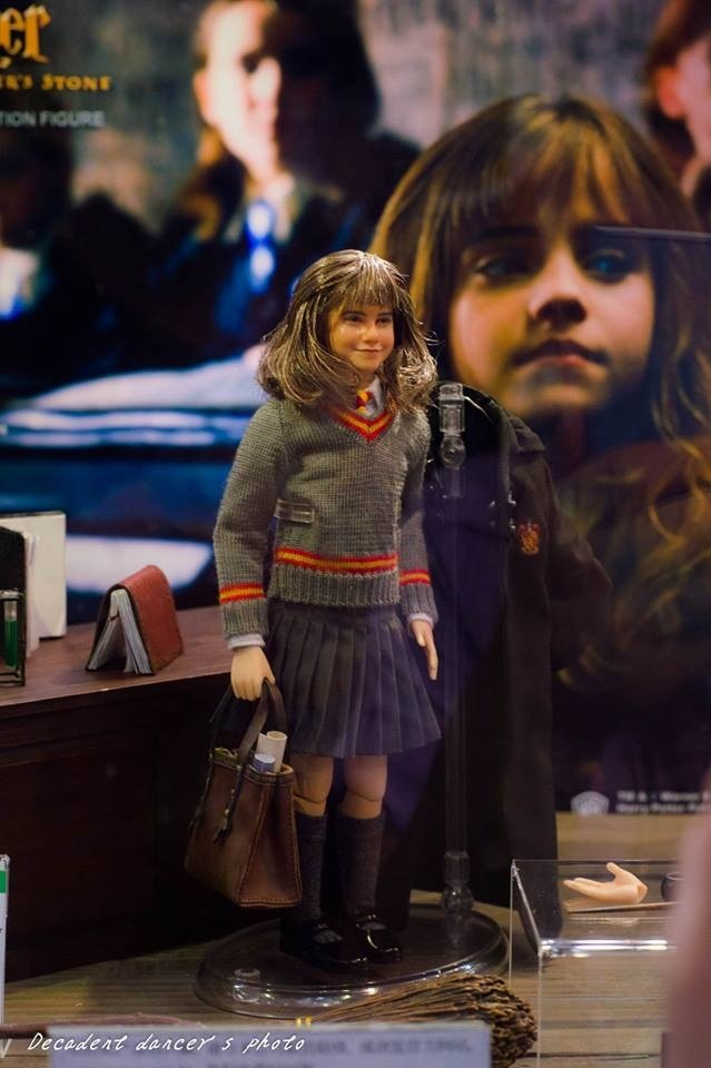 [STAR ACE TOYS] Harry Potter and the Philosopher's Stone - Hermione Granger Attachment